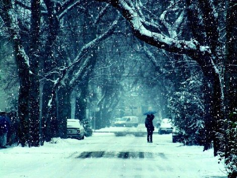 winter_street_by_curlydeea-d4p4vnu